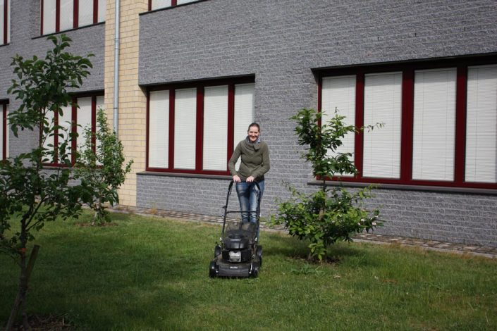 Schulhof- und Schulgartenaktion
