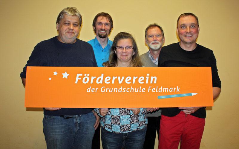 Der Vorstand des Fördervereins (v.l.): Christoph Unger (Schriftführer), Björn Lohmann (Kassenwart), Nicole Wirths (stellv. Vorsitzende), Wolfgang Mömken (Schulleiter), Rainer Ziehn (Vorsitzender).