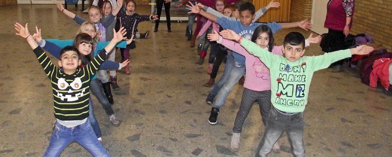 Die Jahrgangsstufe 1 hatte viel Spaß beim Tanzen.